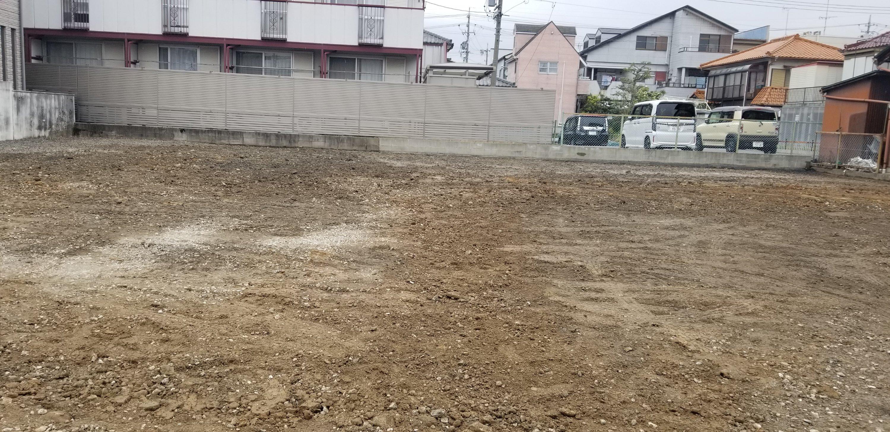 春日井市 基礎撤去→アスファルト撤去→整地