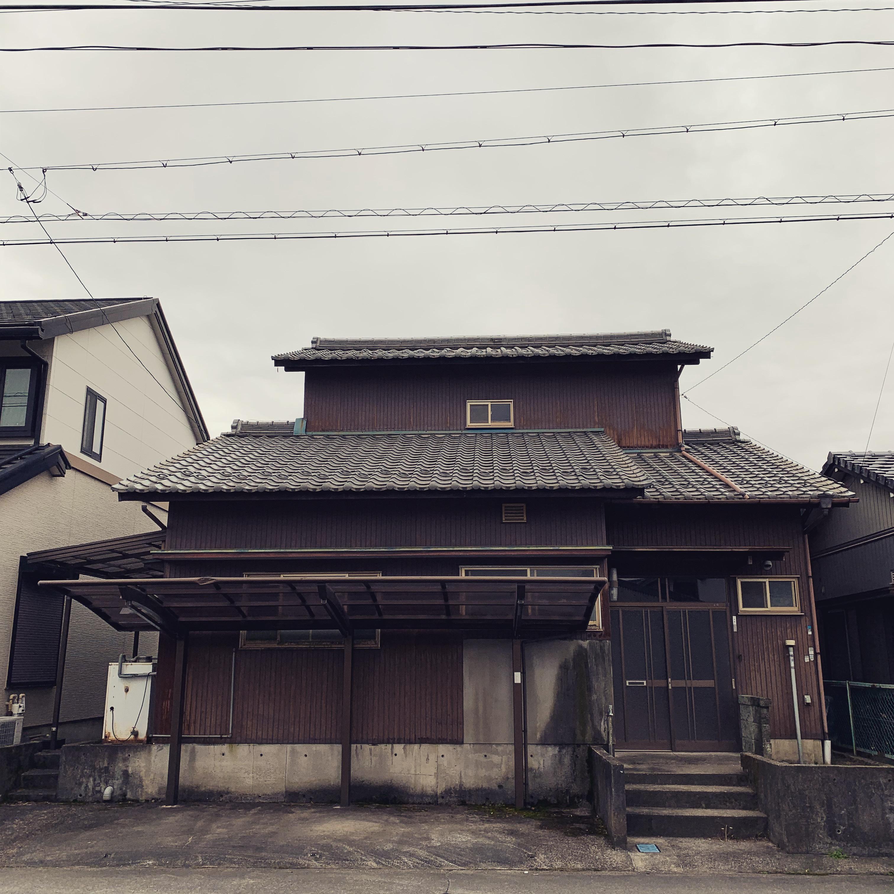 笠松町  木造