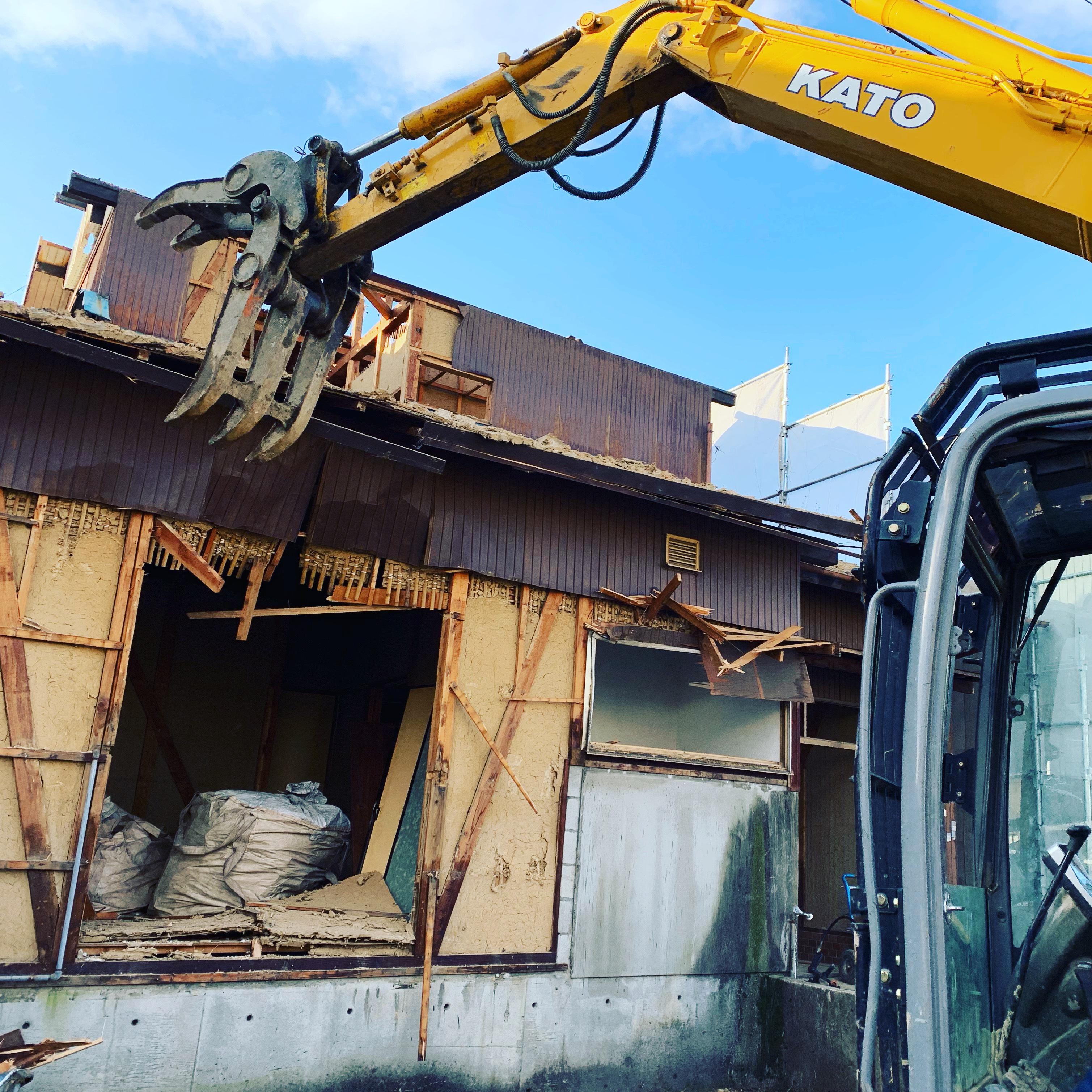 笠松町、木造家屋の解体