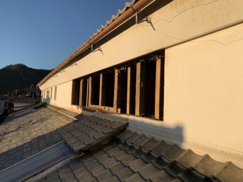 美濃市 旧酒蔵 土壁開口工事 土壁の撤去作業