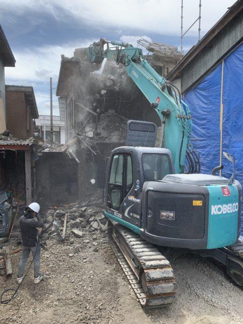 岐阜県郡上市白鳥町 3階建RC造解体工事